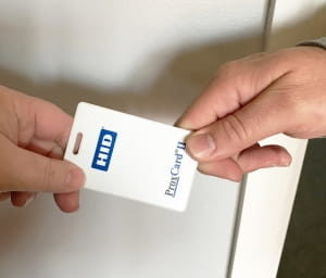 Touchless Access Control Systems: Keycards