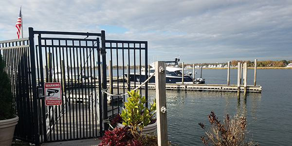 Top Three Reasons Your Marina Needs to Offer a Smartphone-based Access Solution